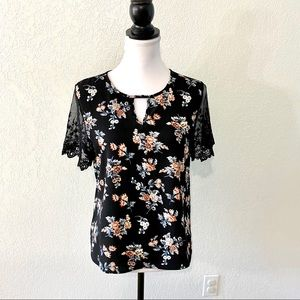 Tovia Blouse M Black Floral Lace Sleeves Keyhole